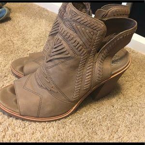 Vince Camuto Shoes - Vince Cumuto Boho Style Heels